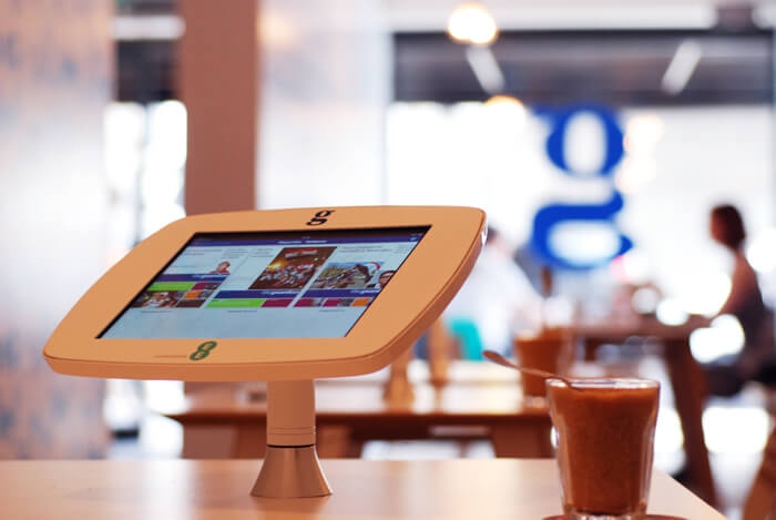 carte de restaurant sur borne iPad de comptoir
