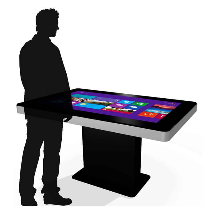 utilisateur de la table tactile 42 pouces
