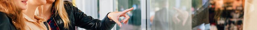 experience innovante grâce au totem tactile kinect