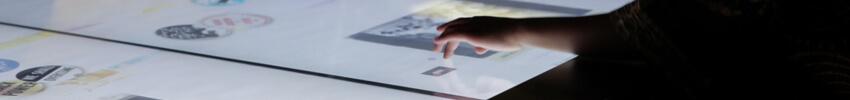 table tactile collaborative 84 pouces