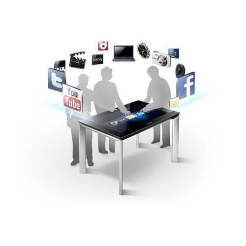 utilisateurs connectés avec la Table tactile Microsoft Surface 40 pouces