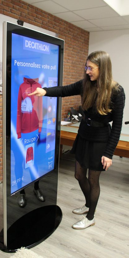 Totem digital multitouch 50 pouces