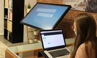 Application tactile quiz interactif interface de gestion en ligne