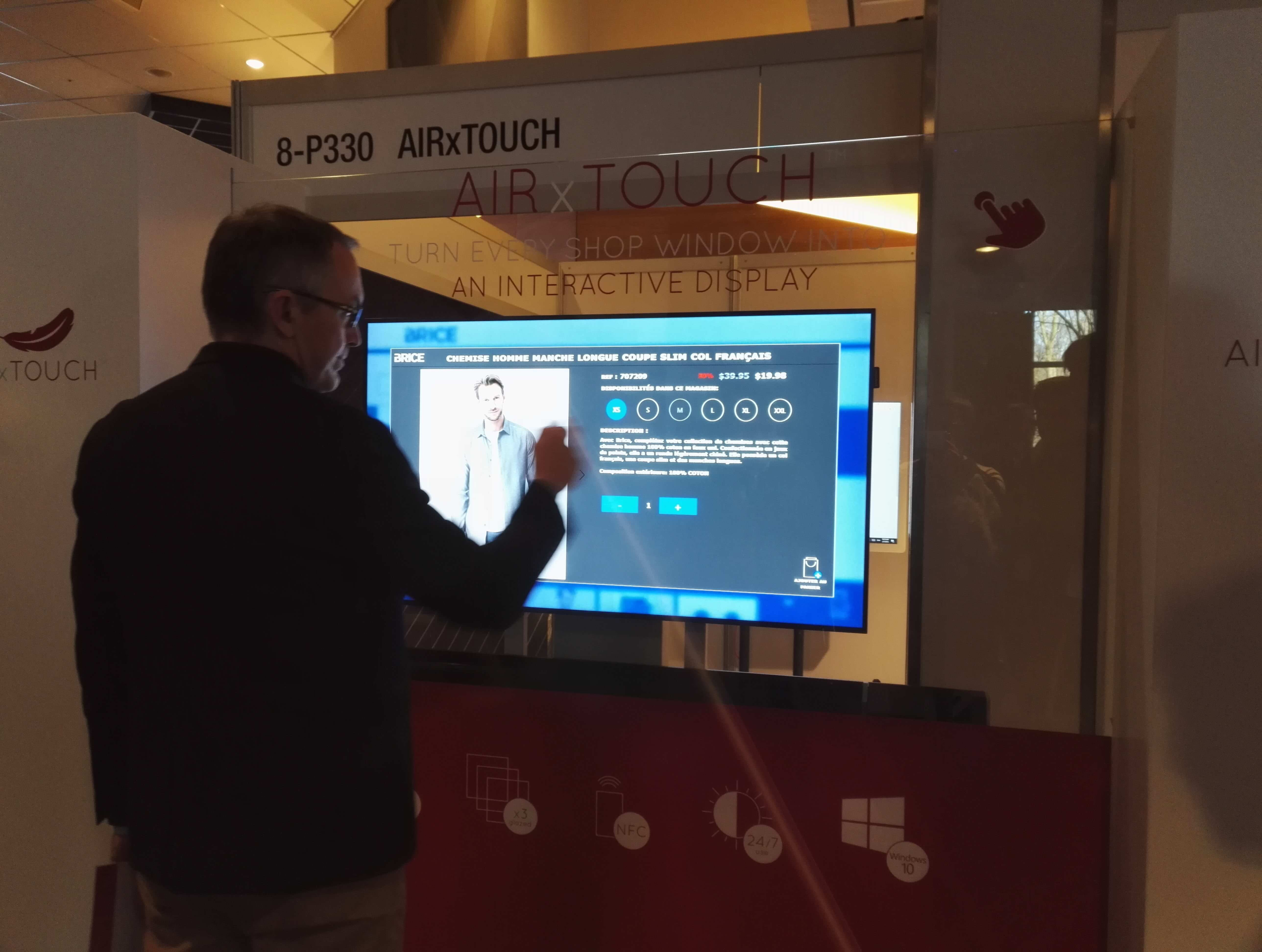 Vitrine interactive Air Touch Retail