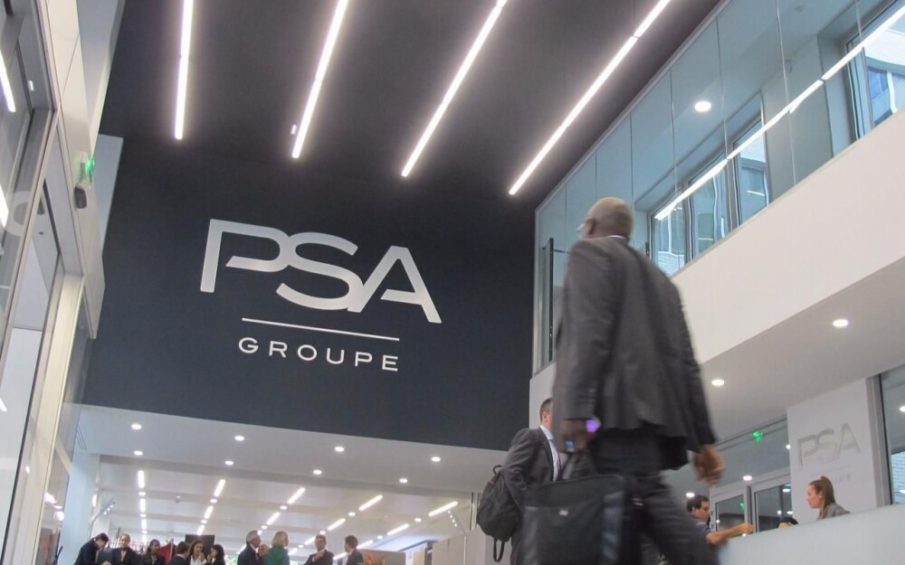 Digitalisation du secteur automobile : l'exemple de la Digital Factory du Groupe PSA