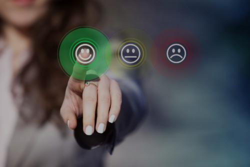 Solution de borne tactile de mesure de satisfaction client