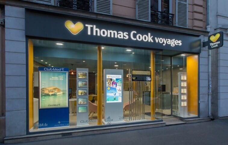 Solution digitalisation vitrine agences de voyages affichage dynamique