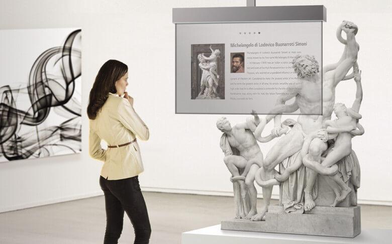 Ecran transparent OLED 55 pouces musée