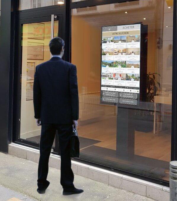 Vitrine interactive agence immobilière affichage dynamique