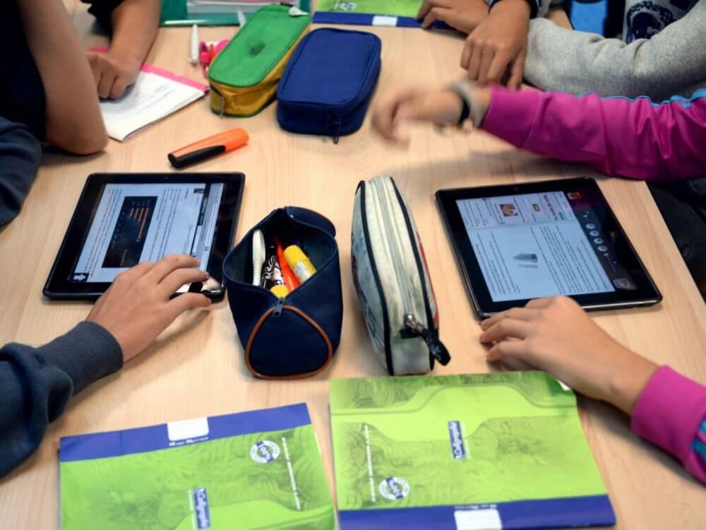 Comment le numérique bouleverse les bancs de l'école