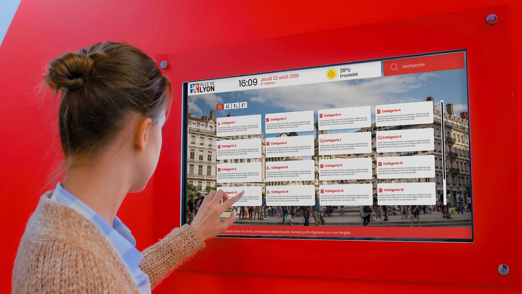 Datahall écran tactile en mairie
