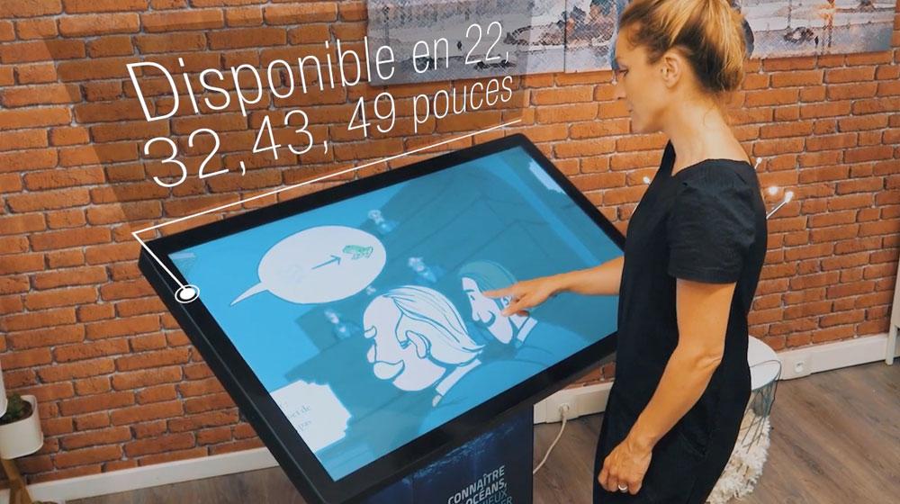 Borne écran tactile 43 pouces multitaille