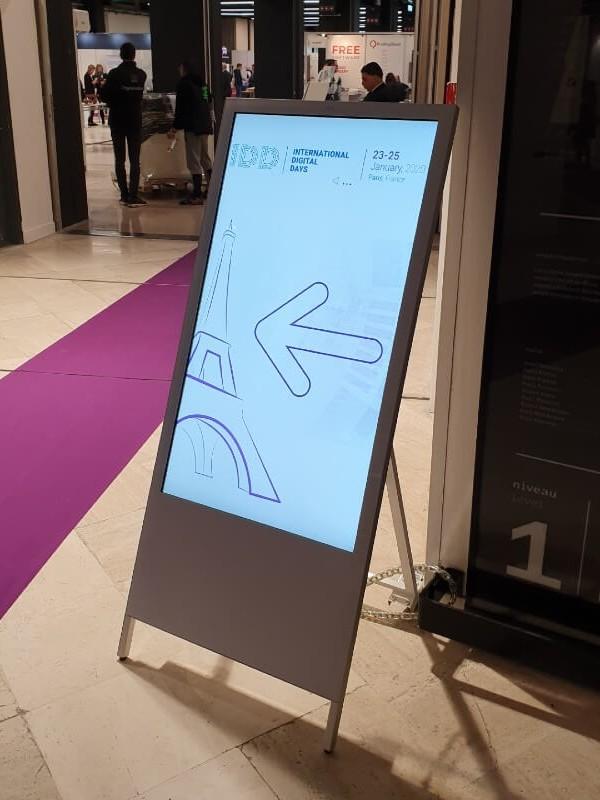 Chevalet numérique Salon Viparis