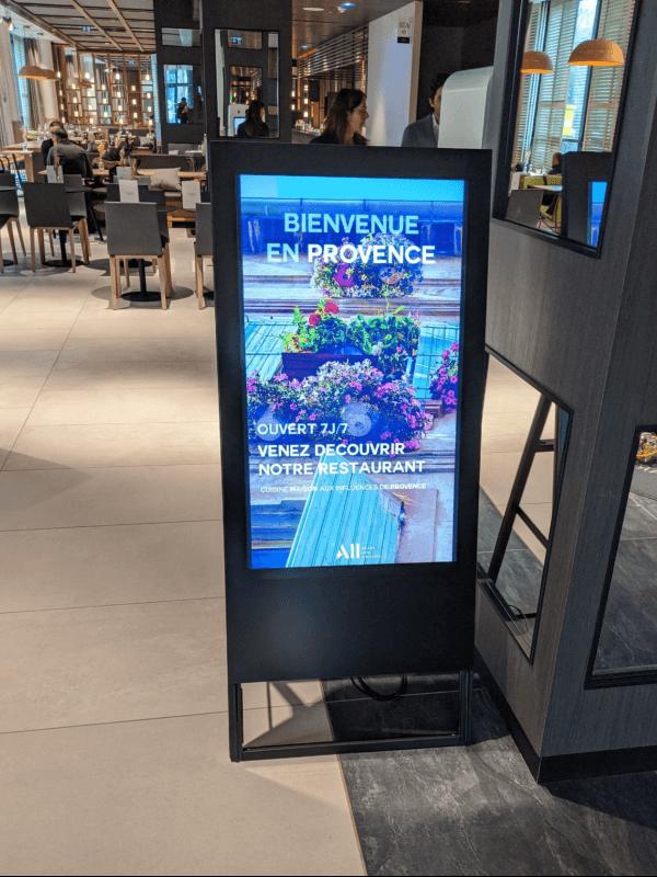 Chevalet numérique Novotel Porte de Versailles
