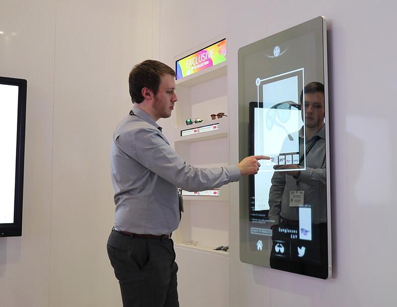 Miroir interactif tactile 50 pouces opticien