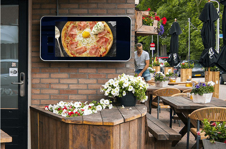 Ecran affichage dynamique outdoor restaurant