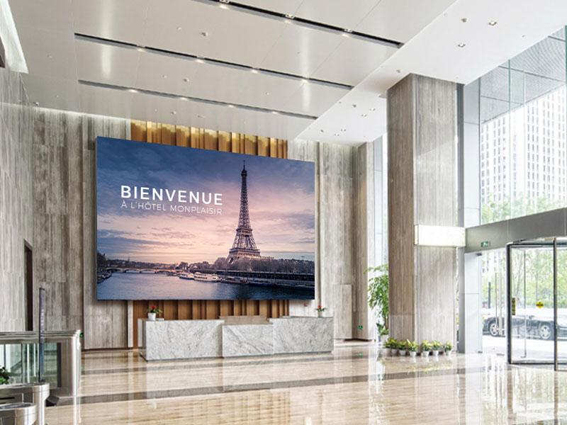 Affichage dynamique hôtellerie écran géant mural