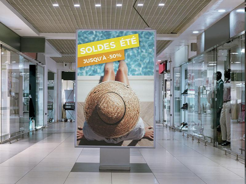 Affichage dynamique retail centre commercial totem