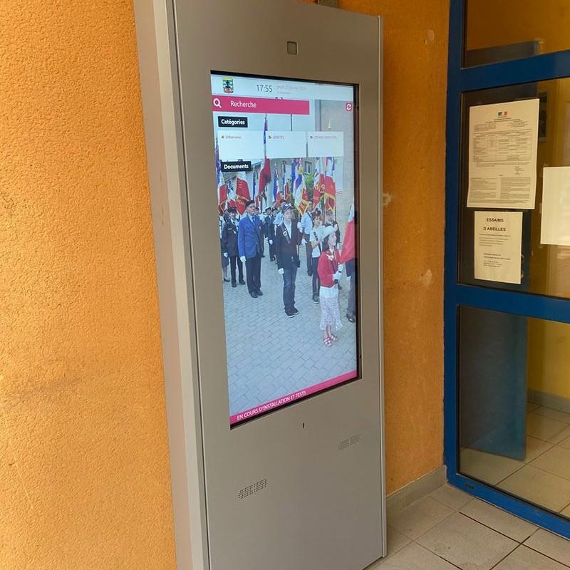Affichage légal numérique Mairie de Charly Oradour